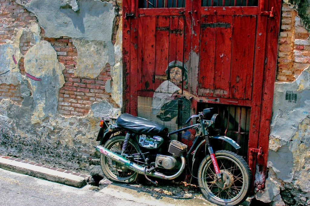 2015-07-Life-of-Pix-free-stock-photos-moto-drawing-illusion-nabeel